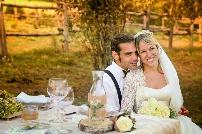 Burlap and lace wedding 70_