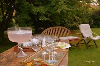 sul mio tavolo da lavoro il gin tonic è Pink, fruttato e deciso