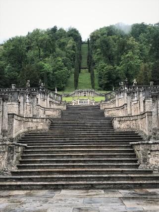 Villa della Porta Bozzolo_scalinata